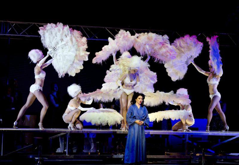Savonlinnan Oopperajuhlat Pukeutuminen